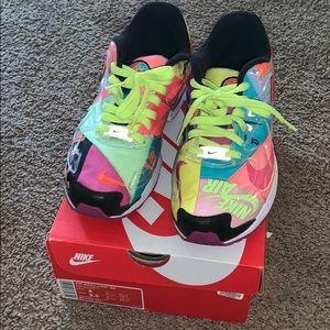 Colorful air max Nike's